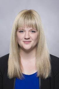 Lisa von Vorne in blond